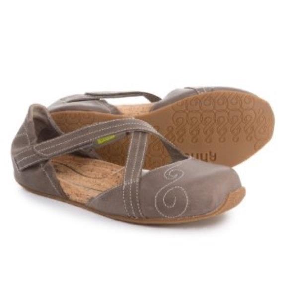 07ae8e3a6449 Ahnu Shoes - AHNU Karma Latitude Mary Jane travel shoes